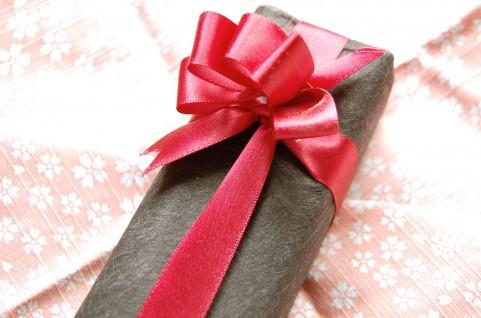 初めての父の日は手作りして赤ちゃんと祝おう!旦那さんへのプレゼントは?